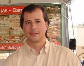 MRV faz doação ao Corsini