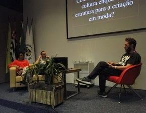 Alexandre Herchcovitch participa de palestra no Senac