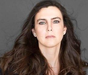Adriana Calcanhotto apresenta-se em Paulínia