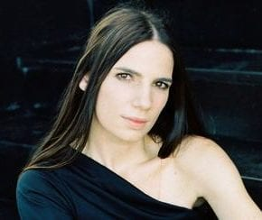 Iguatemi recebe Nina Becker em prol do Corsini