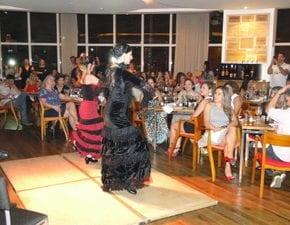 Esquinica tem noite com sabor flamenco