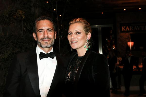 280636_594417_marc_jacobs_e_kate_moss_insp_sp_amfar_19_web_