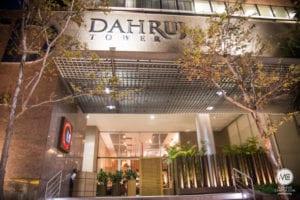 fachada com nome Dahruj