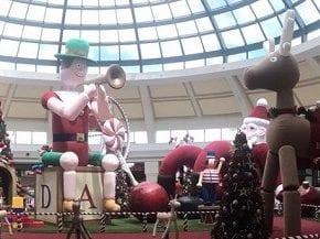 Iguatemi e Galleria têm Natal inspirado em parque infantil e animais da floresta